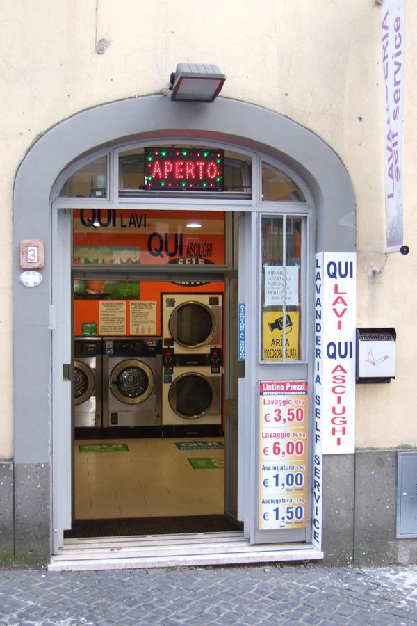 lavanderia self service grottaferrata